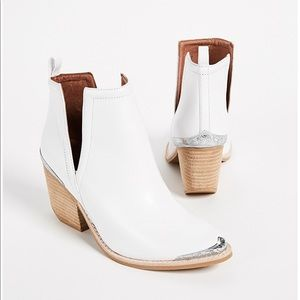 Jeffery Campbell White Leather Cromwell Boots ✨
